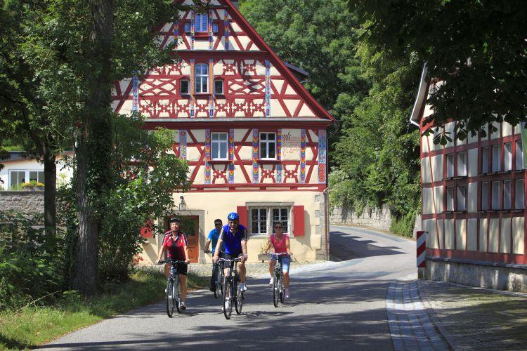 Adelshofen-Tauberzell.JPG